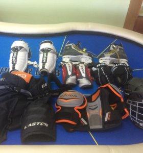 Хокейная экипировка на ребенка