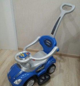 Синяя каталка машинка