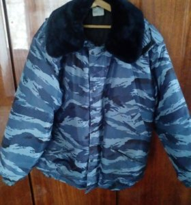 Продам зимнюю куртку камуфлированную