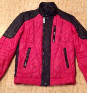 Молодежные мужские демисезонные куртки