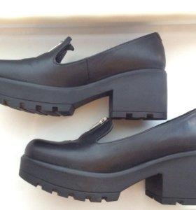 Обувь: модные туфли