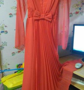 Платье вечернее для девочки рост 134-140
