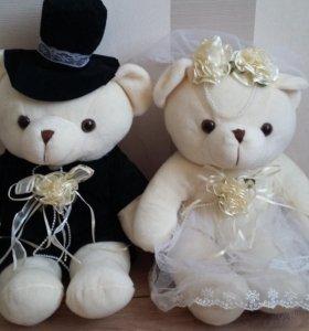 Медведи свадебные на решетку радиатора