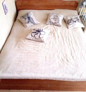 Кровать двухспальная б/у 1600х2000