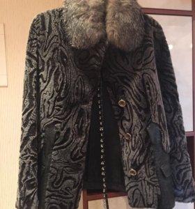 Женская куртка из меха
