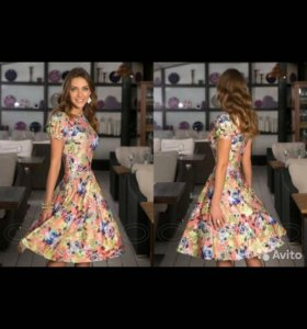 Женственное платье в цветочек