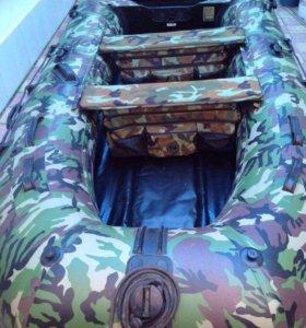 Резиновая лодка с пайолами