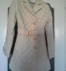 Новое Пальто стеганное 44-46 размер
