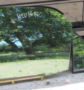 Продам стекла задней левой двери Lexus RX 300