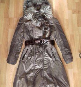 Пальто с мехом из лисы