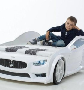 Кровать машина пластиковая