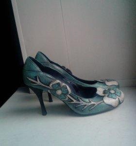Туфли кожаные 40 р.