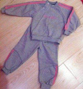 Новый костюмчик для девочки  тепленький на флисе