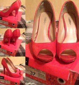 Туфли красные б/у