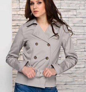 Легкая куртка-ветровка