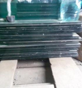 Стекло для стеллажа или аквариума 8 мм