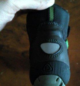 Ботинки детские мембранные