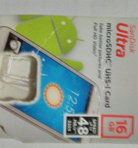 micro SD HC 16 GB.