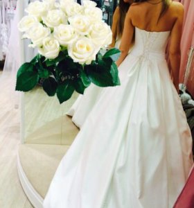 Очень счастливое свадебное платье!!!