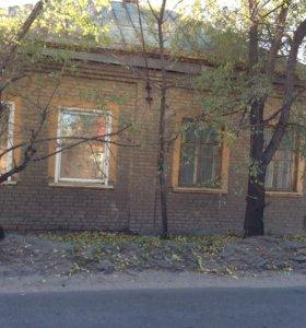 Земельный участок с домом 8 сот.