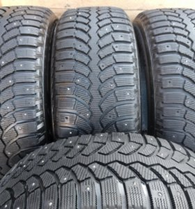 285/60/18 Bridgestone blizzak spike