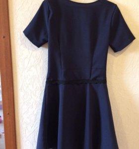 Платье 44 р. ( новое)