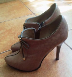 Туфли ботинки осенние 37р-р