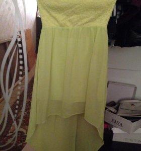 Платье одевала 1 раз 40 42 размер