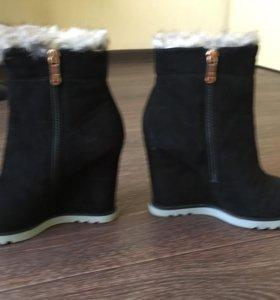 Продам зимние ботинки Graciana,натуральная замша
