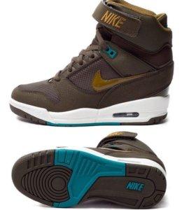 Nike Air Revolution Sky Кроссовки сникеры