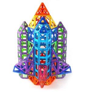 Новый магнитный конструктор 198 деталей.