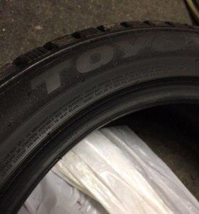 Зимние шипованные шины Toyo Observe G3-Ice235/50