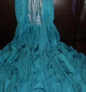 Красивое платье новое 48р.