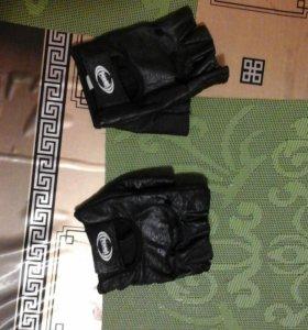 Продам перчатки (Ренна)