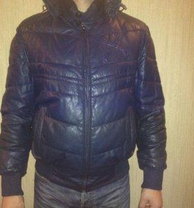 Куртка кожаная (пуховик)