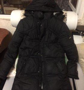 Куртки зимние и ветровка