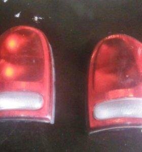 Задние фонари на крайслер вояджер