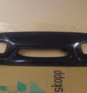 Накладка на решетку радиатора шевроле ланос