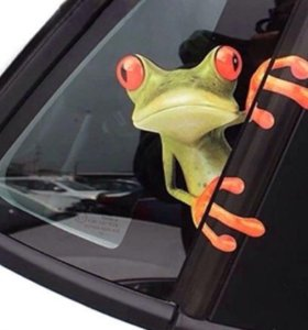 Наклейка на машину Лягушка