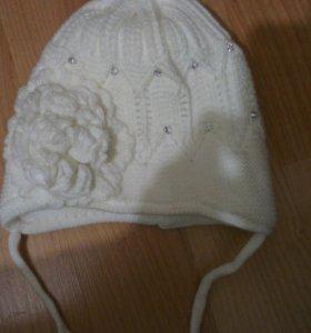 Шапка зимняя на девочку,возраст 3-4 года