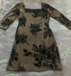 Платье новое 42 размер