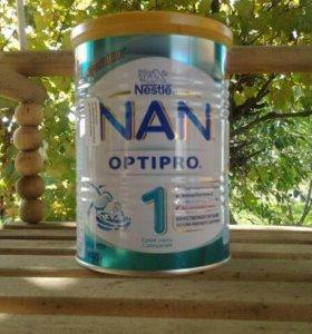 Молочная  смесь нан1