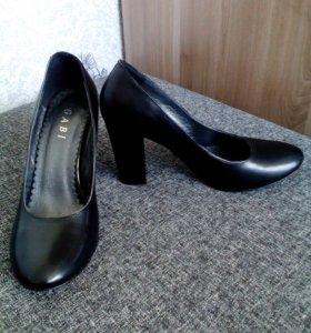 Туфли, босоножки 37р-р
