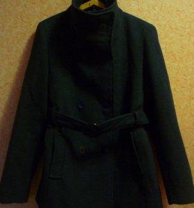 Пальто деми.на 42-44р-р.