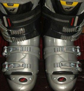 Горнолыжные ботинки Нордика