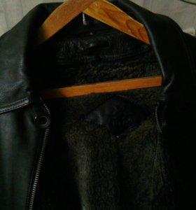 Куртка,нат. кожа,нат. мех.Мех отстегивается.Р.54