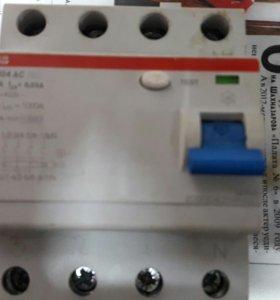 Узо ABB F204 AC 63/0,03 A