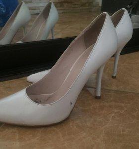 Туфли-лодочки 37 размер