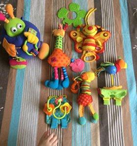 Игрушки для деток с рождения