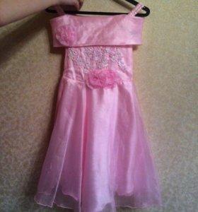 Платье на любые праздники